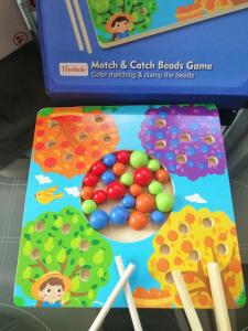 Joc de Lemn Montessori Sortator culori Pomul Fructifer7
