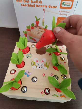 Joc din lemn Metoda Montessori Motricitate Morcovi [2]