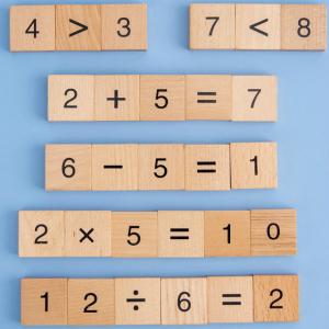 Joc din Lemn Montessori Cifre invatam matematica [4]