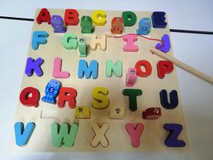 Puzzle 3D Litere si Joc de Pescuit  - Joc Puzzle Lemn Litere Mari 2 in 12