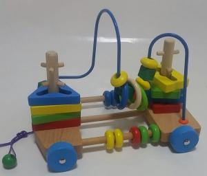 Jucarie de lemn de tras labirint si forme geometrice [1]