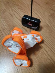 Masinuta cu telecomanda 360 grade copii Storm Stunt2