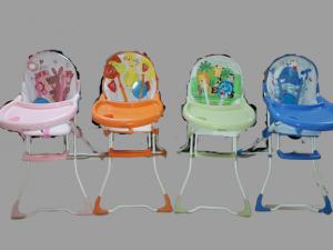 Masuta de mancat bebe cu imprimeu colorat Baby Care2