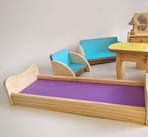 Set Mobilier din lemn pentru papusi dora4