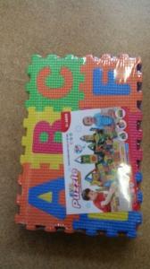 Set de puzzel cifre si litere 36 de buc de Birou2