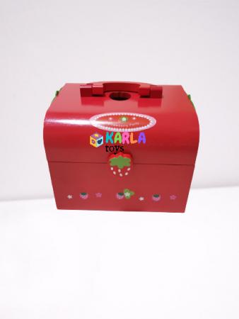 Set din lemn Cutia de picnic Capsuni Ceai si Tort5