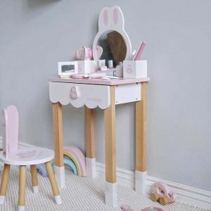 Set Masa si scaun Iepuras din lemn Nunukids4
