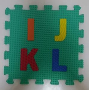 Set puzzel 10 piese cifre si litere - Covoras puzzle Litere si Cifre4
