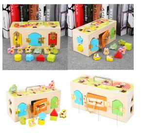Cutia incuie si descuie din lemn  cu forme si animale - Joc montessori Cutia cu incuietori0