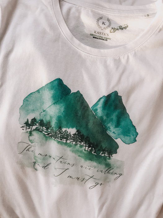 Tricou Mountains are calling Designer`s ART 0