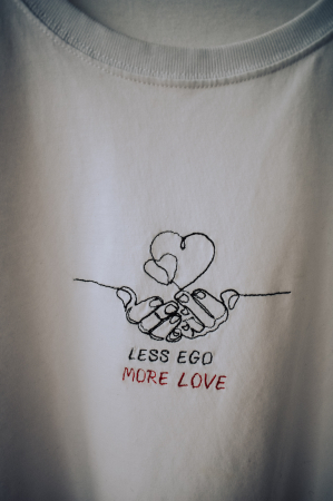 Tricou alb brodat LESS EGO MORE LOVE0