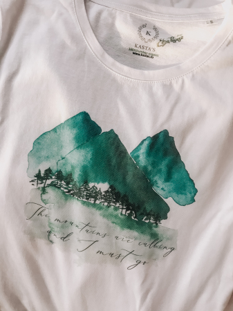 Tricou Mountains are calling Designer`s ART0