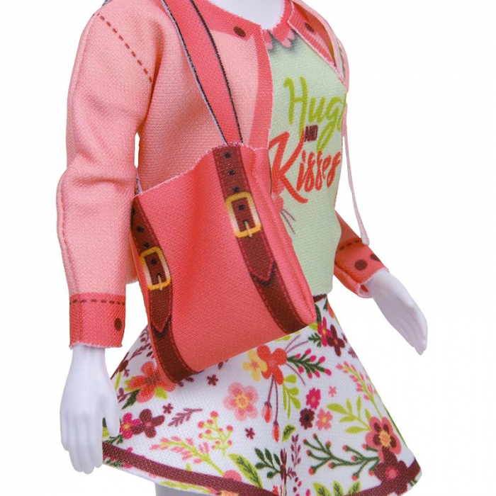 Atelierul de creatie vestimentara floral Couture, Dress Your Doll 4