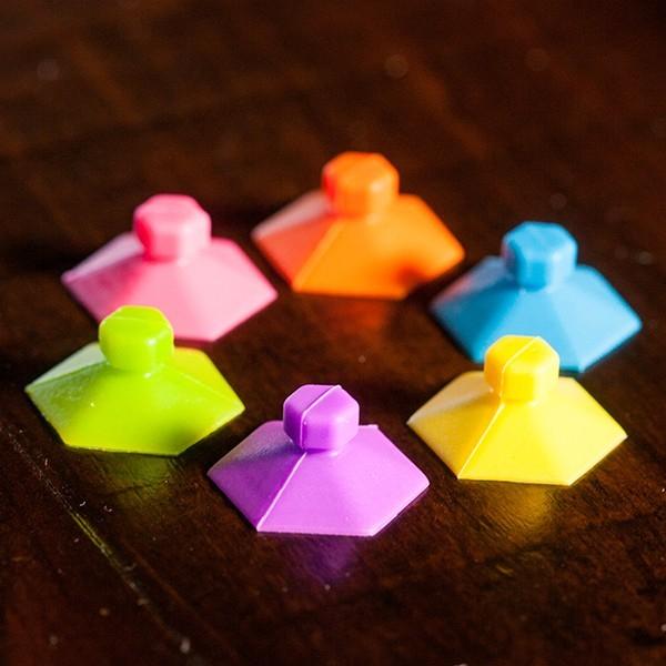 Joc de creatie cu ventuze Pop Emz Fat Brain Toys 4
