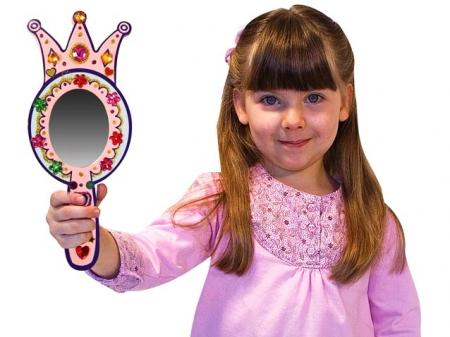 Decorati-va oglinda de printesa Melissa and Doug1