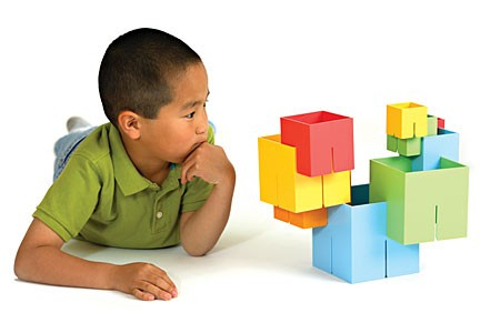 Joc de constructie Cuburi DADO Original - Fat Brain Toys1