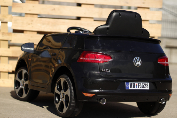 Masinuta electrica pentru copii VW Golf GTI negru 7
