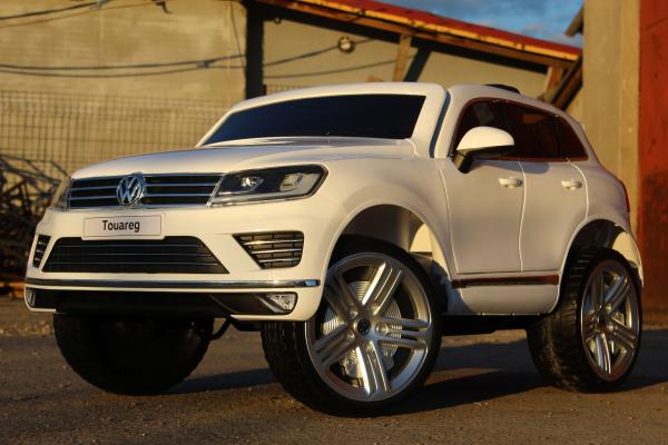 Masinuta electrica VW Touareg CU ROTI MOI 2x 35W 12V #ALB 3
