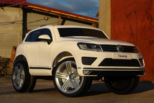 Masinuta electrica VW Touareg CU ROTI MOI 2x 35W 12V #ALB 2