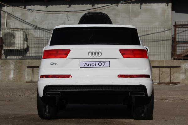 Masinuta electrica Audi Q7 2x35W 12V, Scaun tapitat #ALB 4