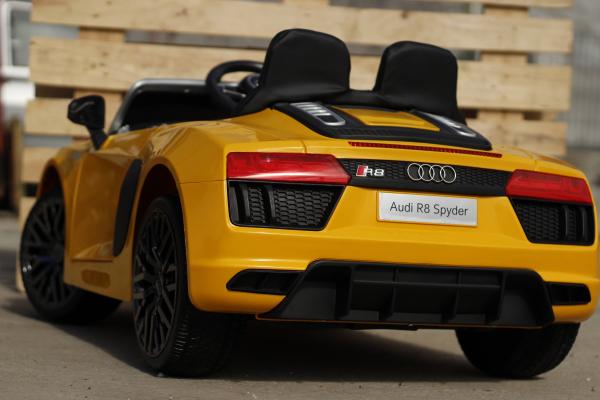 Audi R8 Spyder electric galben, copii 2-6 ani 5