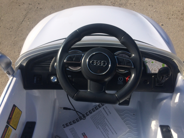 Masinuta electrica Audi RS5 2x35W STANDARD 12V MP3 #ALB 4