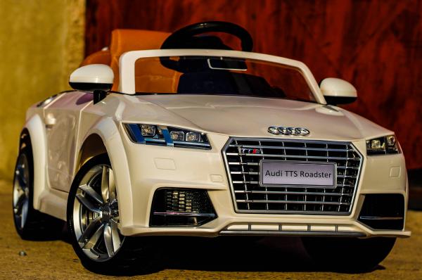 Kinderauto Audi TTS 2x 30W 12V PREMIUM #Alb 2