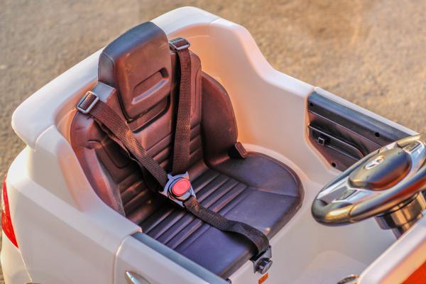 Masinuta electrica Mercedes ML350 2x25W STANDARD 12V # ALB 4