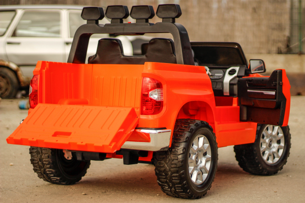 Masinuta electrica Toyota Tundra 2x45W PREMIUM #Portocaliu 4