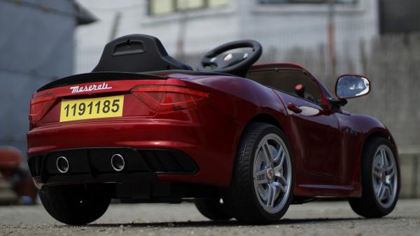 Masinuta electrica Maserati Kids CU ROTI MOI 2x 35W 12V #Rosu 5