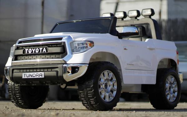 Masinuta electrica Toyota Tundra 2x45W PREMIUM #Alb 3