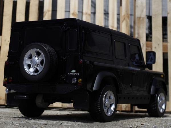 Masinuta electrica Land Rover Defender 2x35W 12V cu ROTI MOI #Negru 4