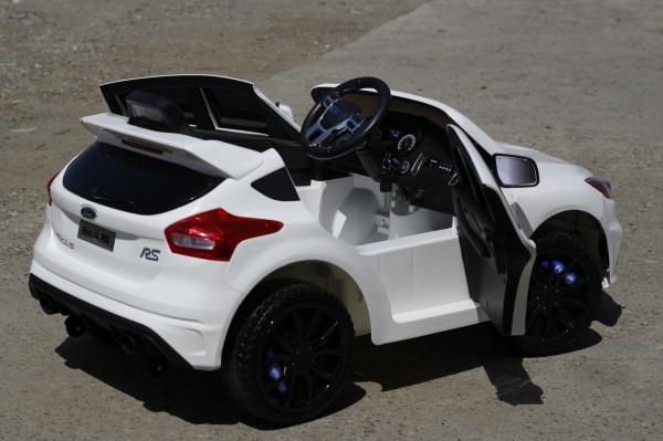 Masinuta electrica Ford Focus RS alb, copii 2-7 ani 5