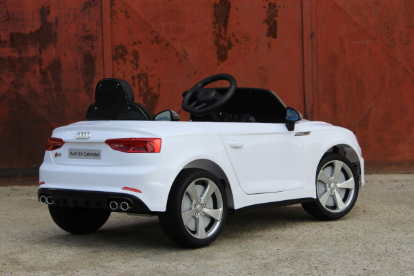 Masinuta electrica Audi S5 Cabriolet 2x35W CU ROTI MOI 12V #Alb 6