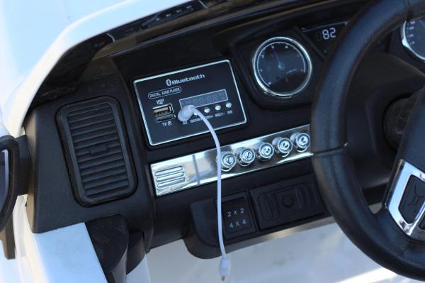 Masinuta electrica Ford Ranger 4x4 cu ROTI MOI 4x45W #ALB 7