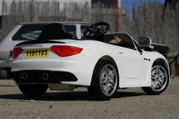 Masinuta electrica Maserati Kids CU ROTI MOI 2x 35W 12V #Alb 6