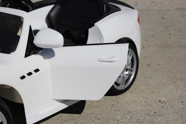 Masinuta electrica Maserati Kids CU ROTI MOI 2x 35W 12V #Alb 4