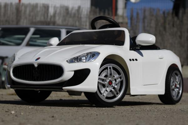 Masinuta electrica Maserati Kids CU ROTI MOI 2x 35W 12V #Alb 3