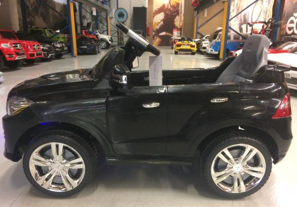 Masinuta electrica copii 2-4 ani Mercedes ML, neagra 1