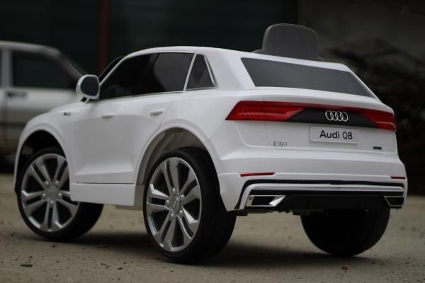 Masinuta electrica Audi Q8 STANDARD 12V #Alb 12
