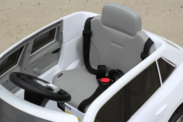 Masinuta electrica Audi Q8 STANDARD 12V #Alb 4