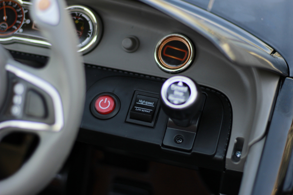 Masinuta electrica Bentley EXP12 STANDARD #Negru 6