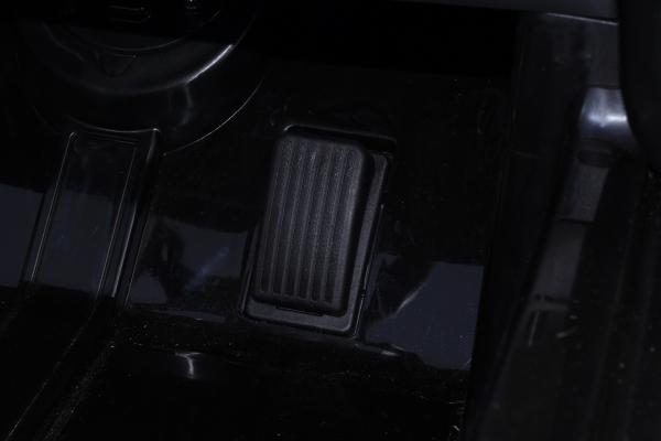 Masinuta electrica Buggati Divo 2x45W 12V PREMIUM #Negru [9]