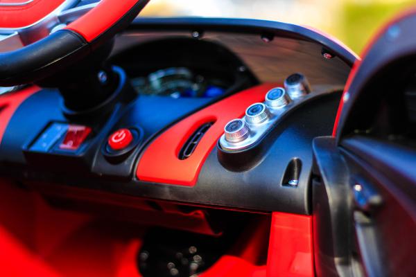 Masinuta electrica Buggati Divo 2x45W 12V PREMIUM #Rosu 7