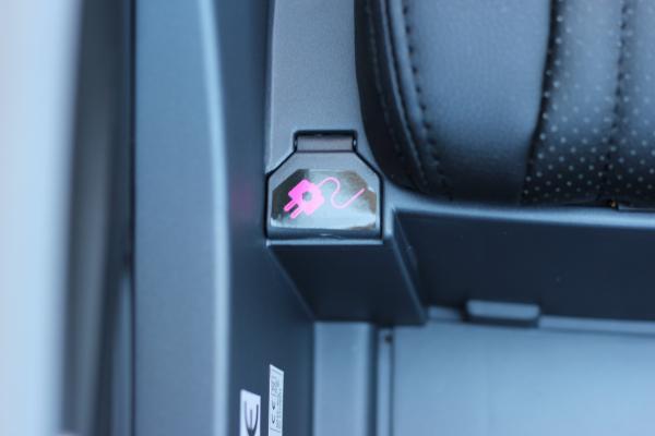 Masinuta electrica Buggati Divo 2x45W 12V PREMIUM #Silver 11