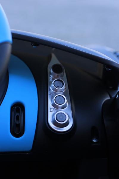 Masinuta electrica Buggati Divo 2x45W 12V PREMIUM #Silver 5