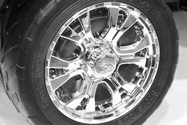 Masinuta electrica Ford Ranger 4x4 PREMIUM 4x35W #Negru Matt [10]