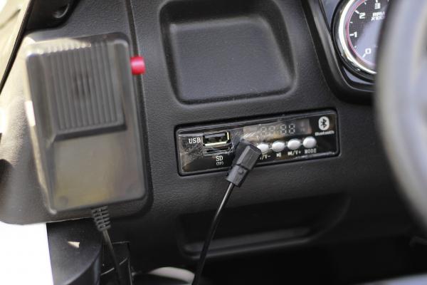 Masinuta electrica Ford Ranger POLICE 90W cu Scaun TAPITAT #Negru 5