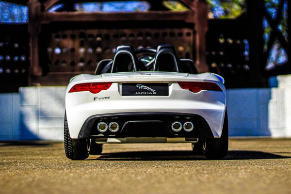 Masinuta electrica Jaguar F Type cu ROTI MOI 2x 35W 12V #ALB 6