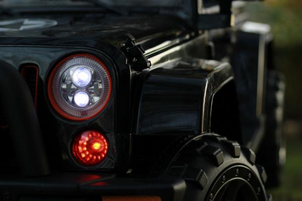 Masinuta electrica Jeep BRD-7588 90W 12V cu Scaun Tapitat #Negru 8